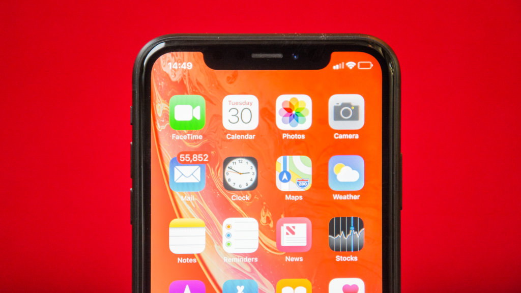 iPhone XR с iOS 12