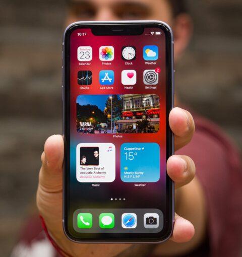 iPhone на iOS 14